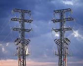 Piloni di elettricità — Foto Stock