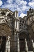 Toledo Cathedral facade — Photo