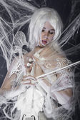 バイオリンを持つ女性 — ストック写真