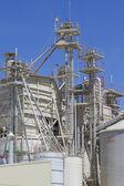 La refinería y la industria moderna — Foto de Stock