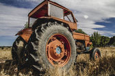 Gamla jordbrukstraktorer — Stockfoto