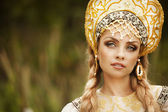 Russian beauty in headdress — Foto de Stock