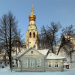 Russian church and wooden houses, Vologda Kremlin — Stock Photo