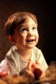 Retrato de un niño sorprendido — Foto de Stock