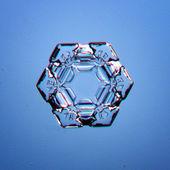 Natural snowflake macro — Stock Photo