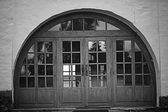 Entrance arch door — Стоковое фото