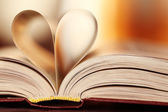 Book paper Heart — Stockfoto