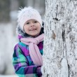 Girl near tree — Stock Photo #41327937