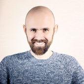 Brutální muž s vousy — Stock fotografie