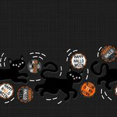 Black cats with halloween wishes holiday seamless horizontal border on dark background — Vector de stock
