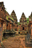 Ancient buddhist khmer temple in Angkor Wat, Cambodia. Banteay S — Stock Photo