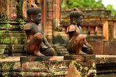 Gods sculptures at Banteay Srei — Stock Photo