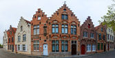 Traditional brick houses in Bruges — Stockfoto