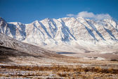 Snow covered mountains in central Iran — Foto Stock