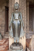 Statue at Haw Pha Kaew temple — Stock Photo