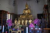 Statue de bouddha dans un complexe de temple wat pho — Photo