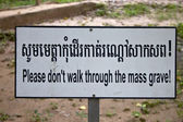 Sign at the Killing Fields of Choeung Ek — Stock Photo