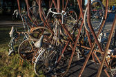 Old rusting bicycles — Stock Photo