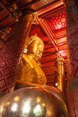 Buddha image in  Wat Phanan Choeng  temple — Stock Photo