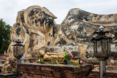 Reclining Buddha at Wat Lokayasutharam temple — Stock Photo