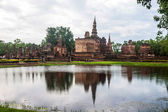 Wat Mahathat temple ruin in Sukhothai  — Stock Photo