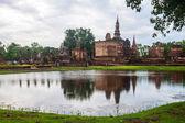 Wat Mahathat temple ruin — Stock Photo