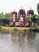 Wieża w mueang boran, aka starożytnych siam, bangkok, tajlandia — Zdjęcie stockowe