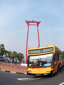 BANGKOK-JANUARY 4: Giant swing near Suthat Temple, Bangkok, Thailand on January 4, 2012.  — Stock fotografie