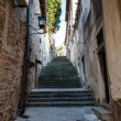 Narrow Street and Stairway in Pula, Croartia — Stockfoto