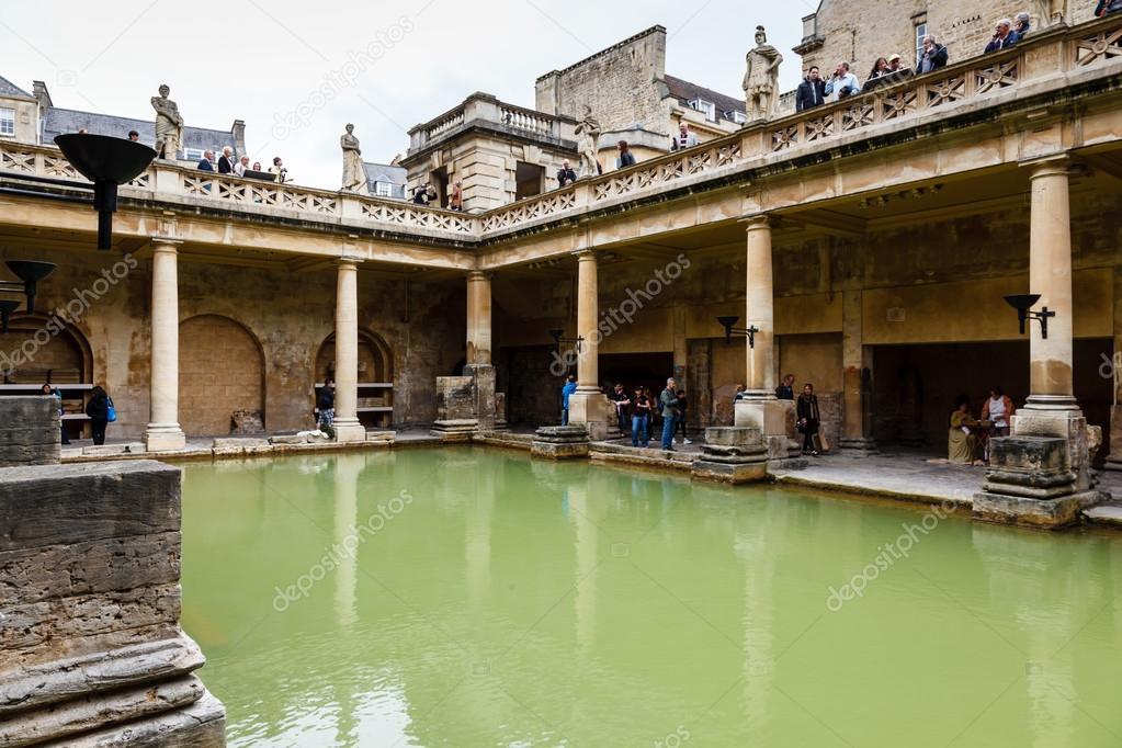 thermes romains antiques dans la ville de bath royaume uni photographie anshar 12554265. Black Bedroom Furniture Sets. Home Design Ideas