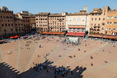 Aerial View on Piazza del Campo, Central Square of Siena, Tuscan — Foto de Stock