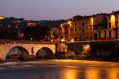 Ancient Roman Bridge over Adige River in Verona at Morning, Vene — Stock Photo