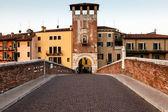 Saint peter ponte sobre o rio adige em verona, veneto, itália — Foto Stock