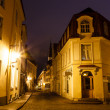 Foto Stock: Old Street of Tallinn in the Night, Estonia