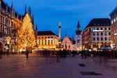 Marienplatz akşam, münih, bavyera, almanya — Stok fotoğraf