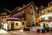 Illuminated Street of Megeve on Christmas Eve, French Alps, Fran — Stock Photo