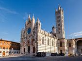 Beautiful Santa Maria Cathedral in Siena, Tuscany, Italy — Stock Photo