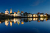 Stunning View of Novodevichy Convent in the Evening, Moscow, Rus — Stock Photo