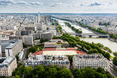 Aerial View on River Seine and Pont de Bir-Hakeim from the Eiffe — 图库照片