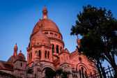 Sacre Coeur Cathedral on Montmartre Hill at Dusk, Paris, France — Stock Photo