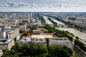 Aerial View on River Seine and Pont de Bir-Hakeim from the Eiffe — Stock Photo