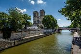 Seine River and Notre Dame de Paris Cathedral, Paris, France — Stock Photo
