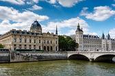 La Conciergerie, a Former Royal Palace and Prison in Paris, Fran — Stock Photo