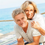 Happy mature couple outdoors — Stock Photo