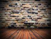 Hölzerne Planken Boden auf gebrochene indoor Kulisse — Stockfoto