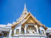 White church in Thai temple (Wat sothon) — Stock Photo