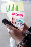 Sieć społeczną na inteligentny telefon — Zdjęcie stockowe