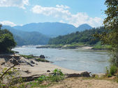 Salween river in Mae Hong Son province between Thailand and Myan — Stock Photo
