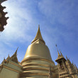 BANGKOK THAILAND - JAN 03 : golden pagoda in the Grand Palace, o — Stock Photo