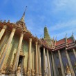 BANGKOK THAILAND - JAN 03 : The Grand Palace (also called Wat P — Stock Photo #41324025